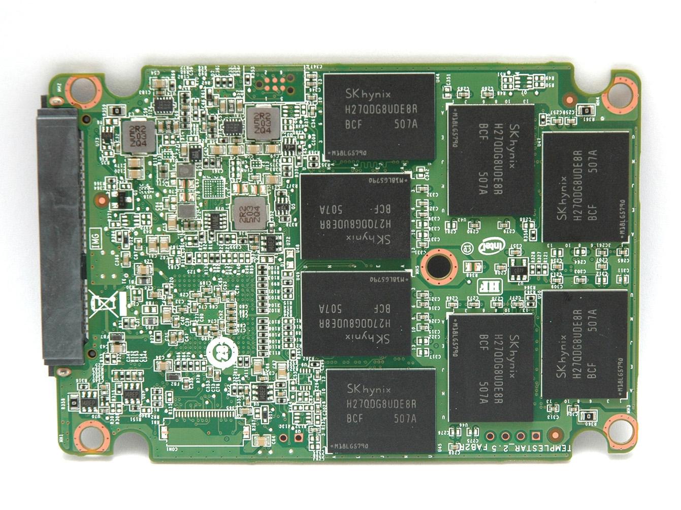 240gb的电路板背面全貌